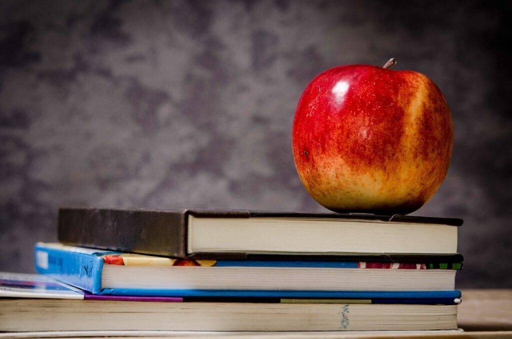 campanha-adotando-escolas